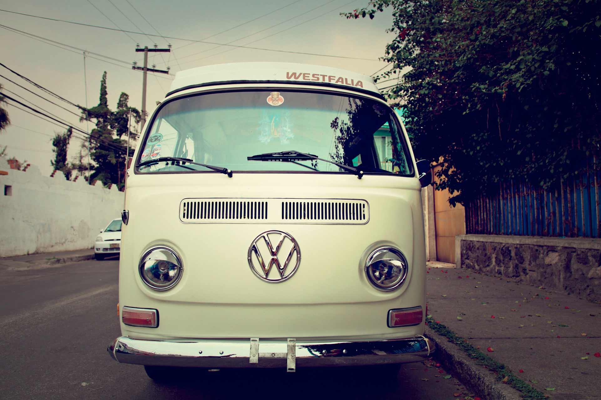1972 Volkswagen t2 Westfalia | The Wide Open Road